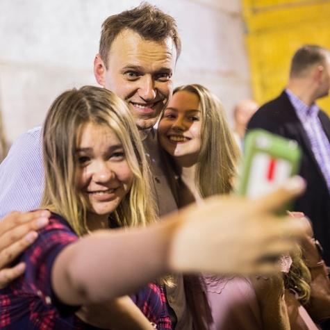Алексей Навальный на встрече с нашими волонтерами