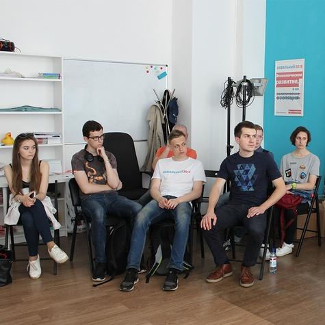 В штабе постоянно проходит обучение волонтёров