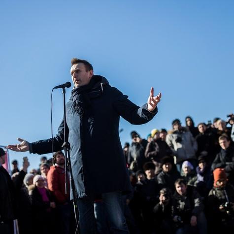 Алексей на решающем митинге 19 марта против повышения тарифов ЖКХ