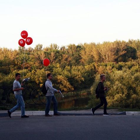 Наши волонтеры любят проводить агитационные прогулки в парках Тамбова